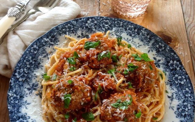 Spaghetti with Tomato, Basil and Parmesan Meatballs